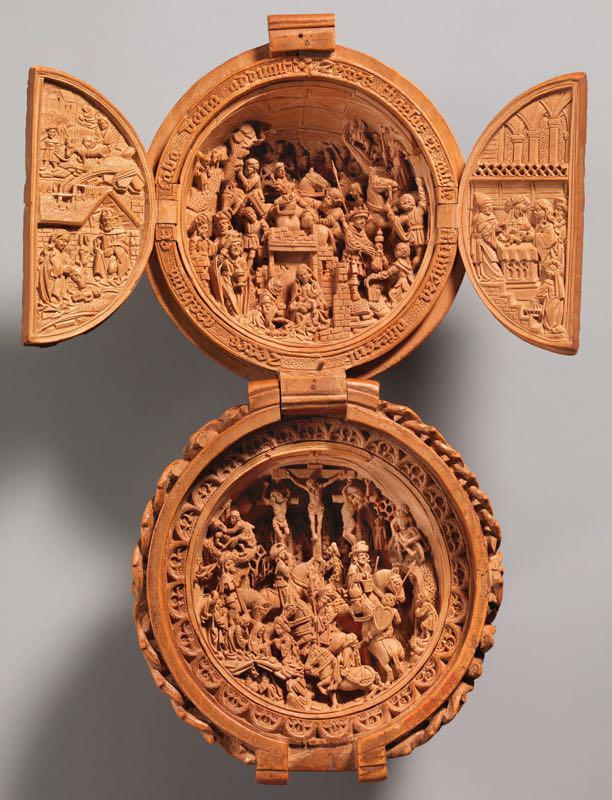 noce da preghiera aperta, intaglio in legno di miniatura gotica